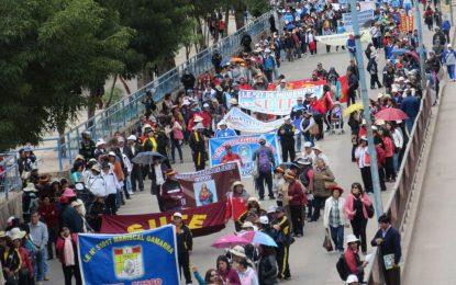 Sindicato de docentes empezó huelga en Trujillo desde hoy