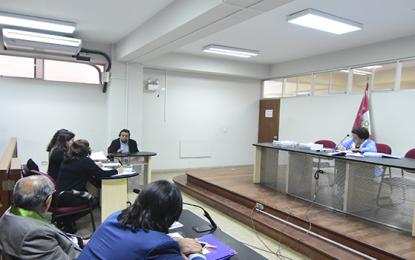 """Declaran a testigos del juicio contra Acuña como """"hostiles"""""""