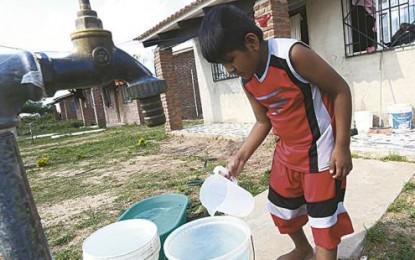 Pobladores incómodos por escases de agua en San Pedro de Lloc