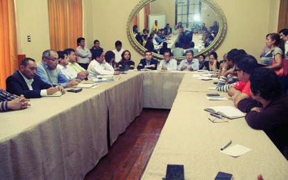 Cámara de Comercio La Libertad instaura mesa de trabajo para apoyar a comerciantes de Apiat