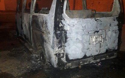 Empresario se niega a pagar cupo y extorsionadores le queman su vehículo.