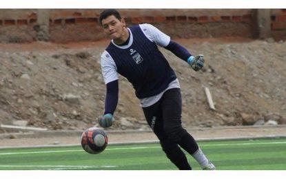 Carlos A. Mannucci: Pedro Díaz tiene pruebas en Banfield y Vélez Sarsfield