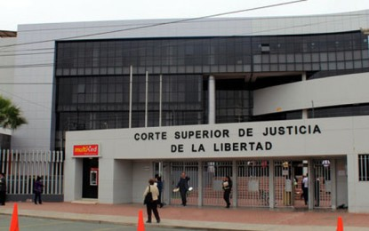 Liberan a dos policías delincuentes en Trujillo