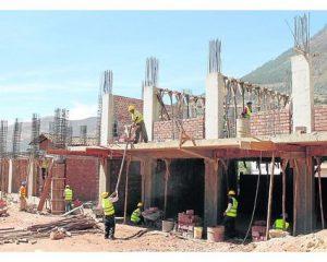El plan de reconstrucción es modificado y retiran a 34 colegios de la lista de obras