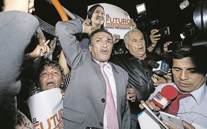 Fujimorismo busca respaldo de partidos para destituir al fiscal de la Nación