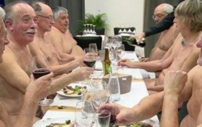 Primer restaurante nudista de París.
