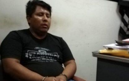 Policía es detenido por cobrar S/ 400 para entregar vehículo