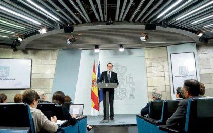 Rajoy rechaza el diálogo, da un plazo a Cataluña y amenaza la autonomía