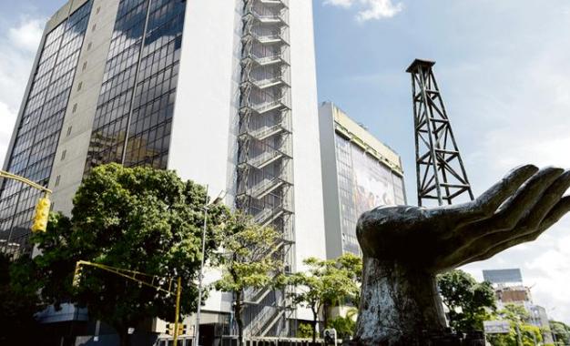 Venezuela: acreedores declaran a PDVSA en default por pagos retrasados