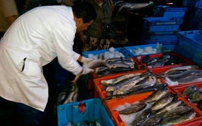 Decomisan 120 kilos de pescado en mal estado en Terminal Pesquero de Trujillo